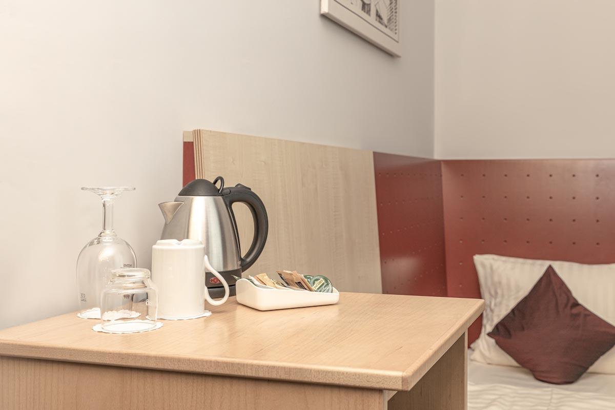 Einzelzimmer Kaffee und Tee - ALL-INN HOTEL FRANKFURT ECO Einzel Zimmer